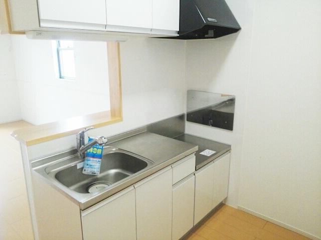 サニーパレスⅡ 02010号室のキッチン
