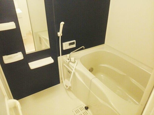 サニーパレスⅡ 02010号室の風呂
