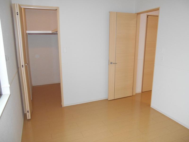 サニーパレスⅡ 02010号室の収納