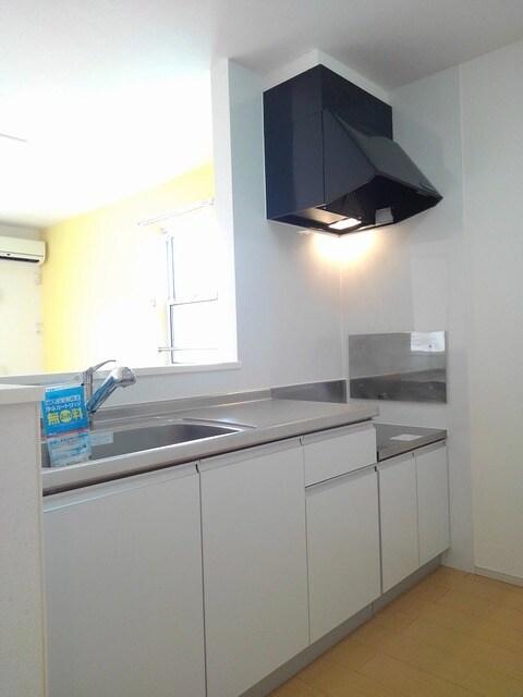 京 02010号室のキッチン