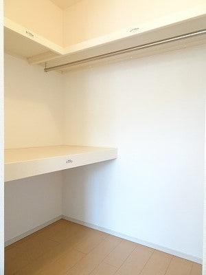 京 02010号室の収納