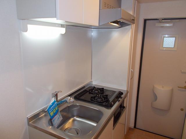 ラ・ヴィータ下馬 03010号室のキッチン