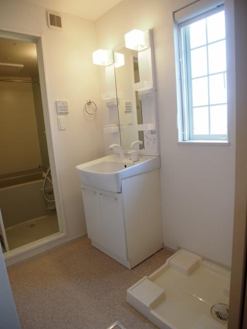 オルニエールⅡ 02020号室の洗面所