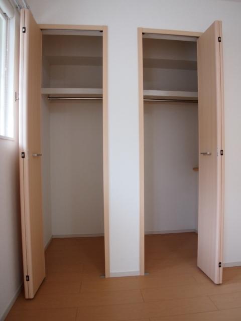 オルニエールⅡ 02020号室の収納