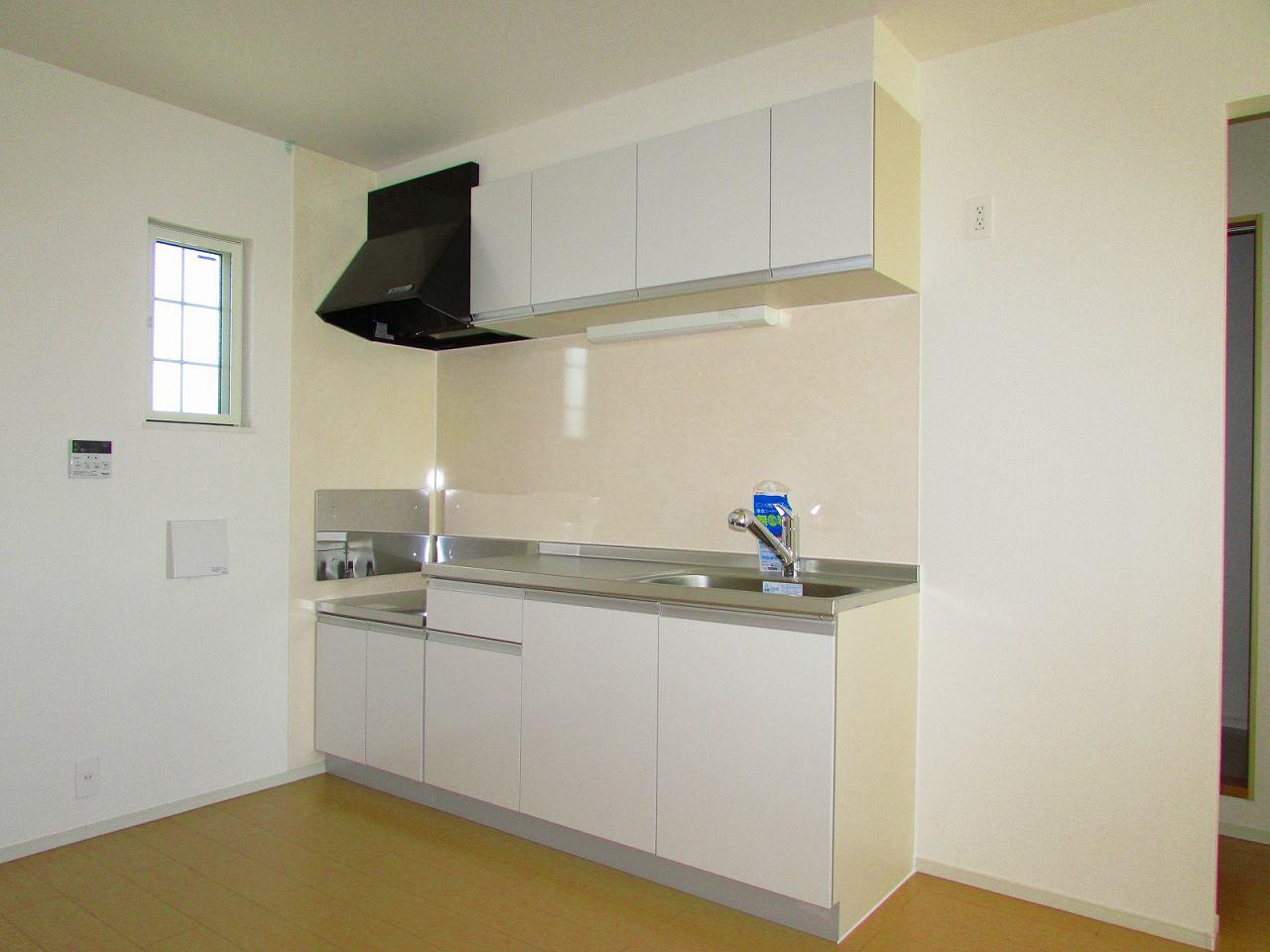 サンフィオーレ 02010号室のキッチン