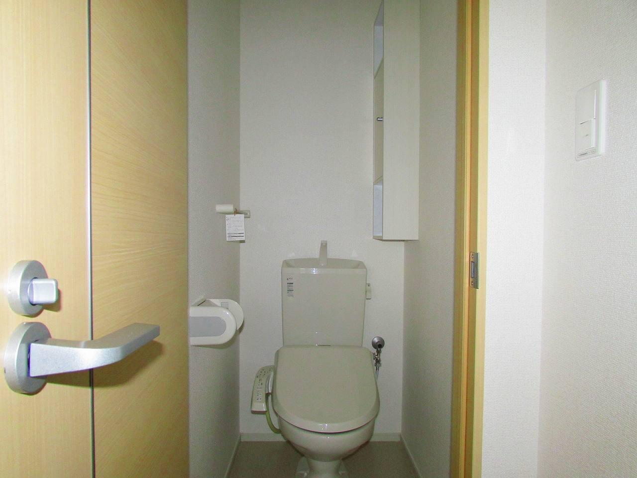 サンフィオーレ 02010号室のトイレ