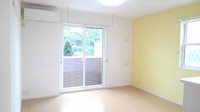 サニークレメント 01030号室の居室