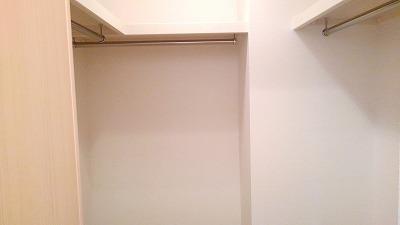 サニークレメント 01030号室の収納