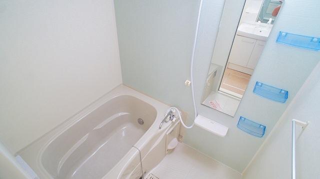 ラポ-ル Ⅲ 02030号室の風呂