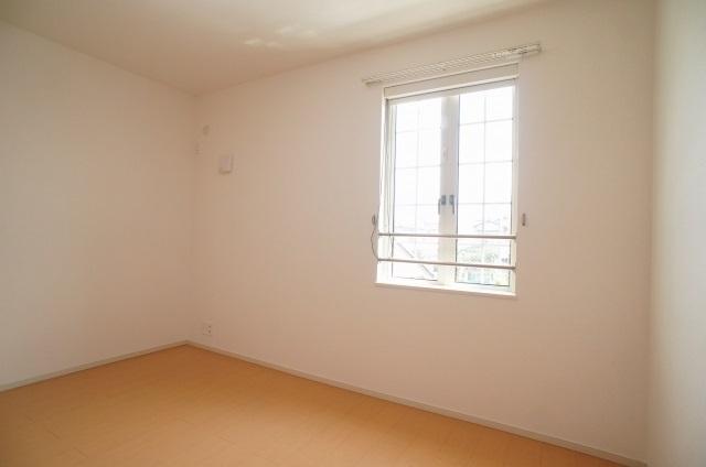 ラポ-ル Ⅲ 02040号室の居室
