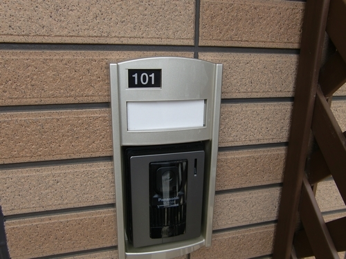 インプレス 01010号室のエントランス