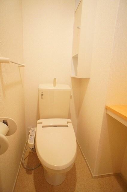 ビスキーローズ 01020号室のトイレ