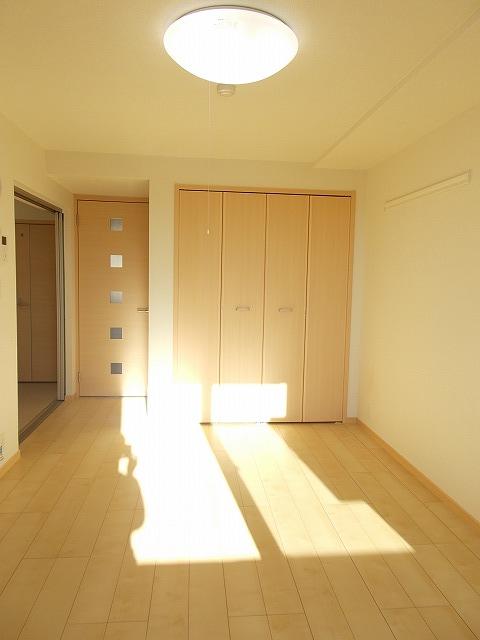 グランドレ-ル高崎 03010号室の居室