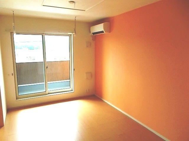 ルー・ハーモニー 02020号室のリビング