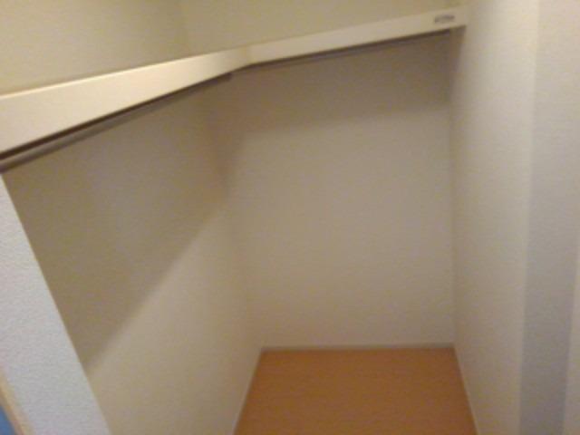 ボンボヤージュ B 01050号室の居室