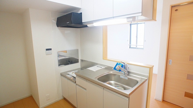 エトワール壱番館 02040号室のキッチン