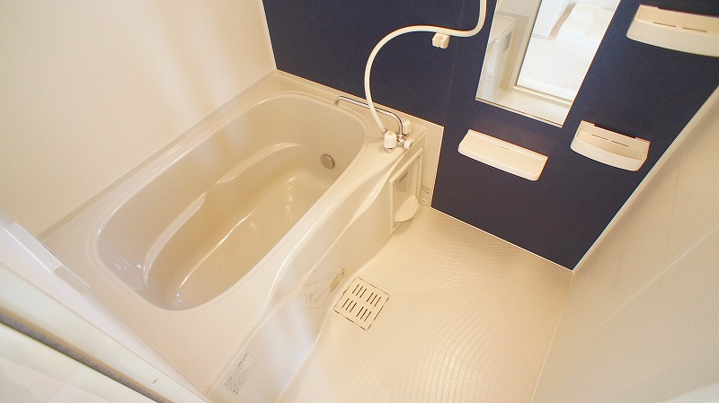 エトワール壱番館 02040号室の風呂