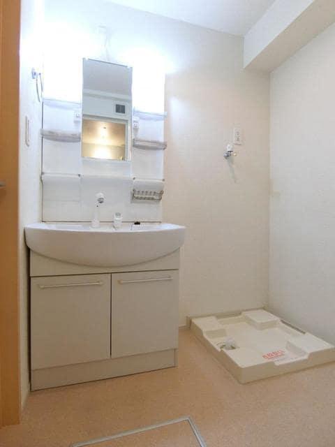 アランブラ 02020号室のトイレ