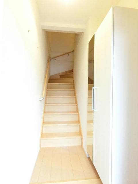 アランブラ 02020号室の居室