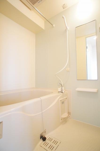プレッソA 03020号室の風呂