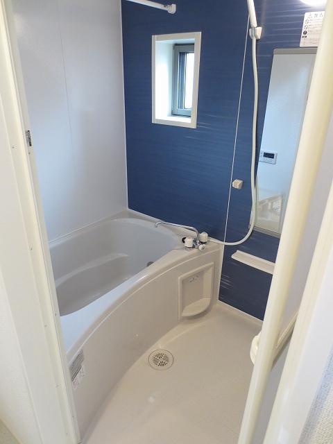 エコソラージュB 01030号室の風呂