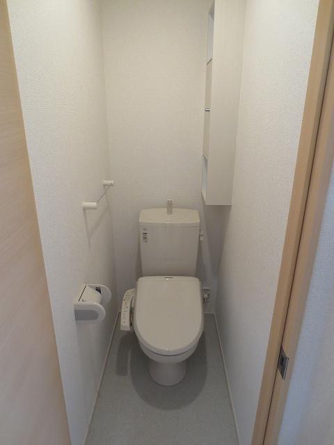 エコソラージュB 01030号室のトイレ