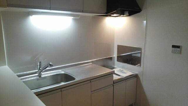 ハピネス ミネ 02020号室のキッチン