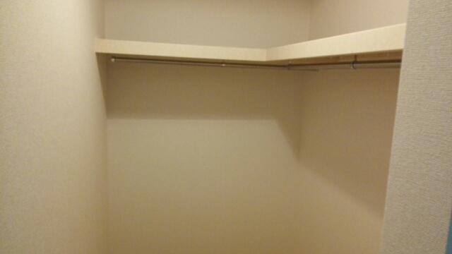 ハピネス ミネ 02020号室の収納