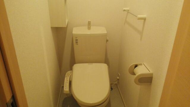 ハピネス ミネ 02020号室のトイレ