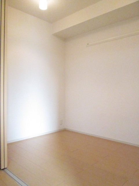 フラットH Ⅱ 01020号室の居室