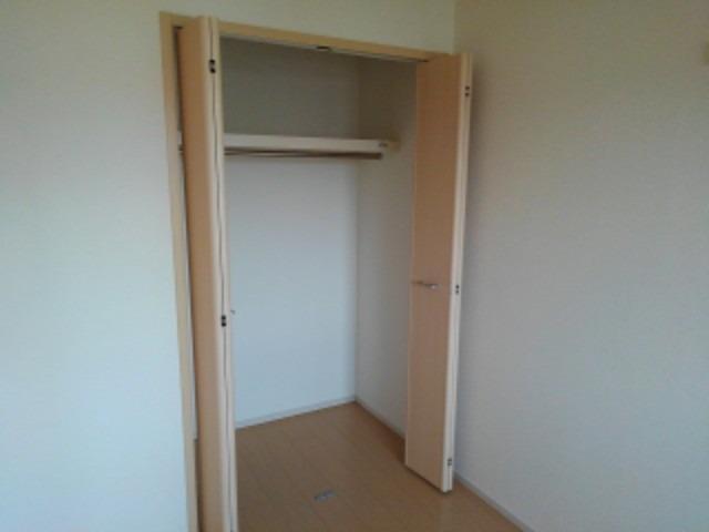 メゾンド・フローラⅠ 02030号室の洗面所