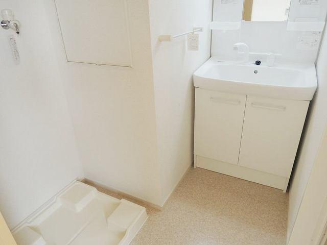 スプリング ヒル 03020号室の洗面所