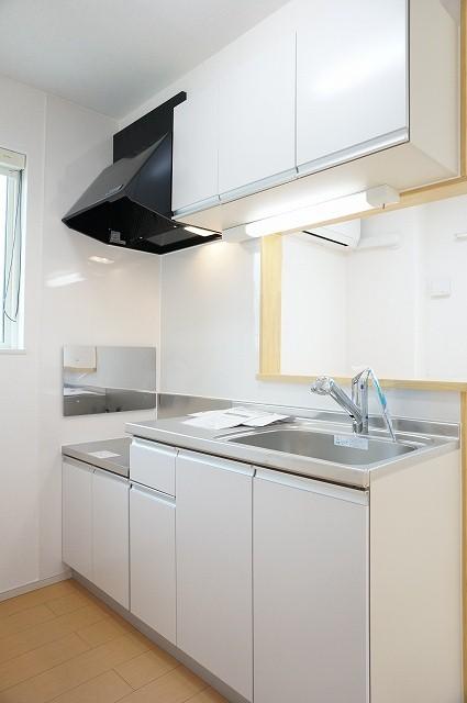 コローレ 02040号室のキッチン