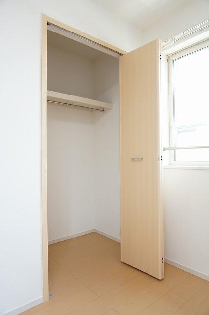 コローレ 02040号室の収納