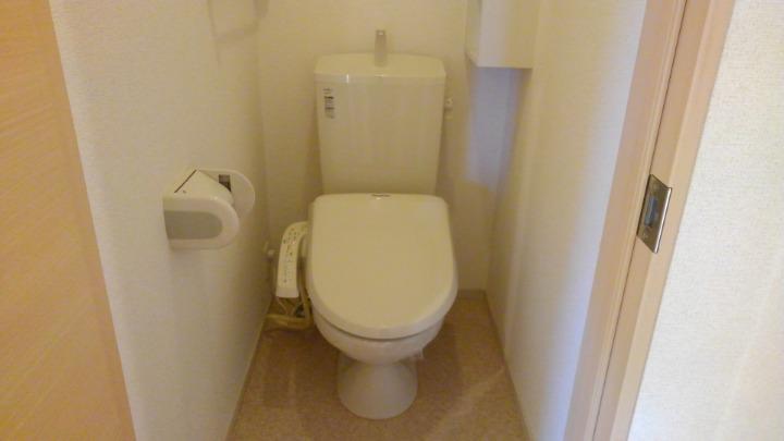 メルティング・ポット羽生 02050号室のトイレ