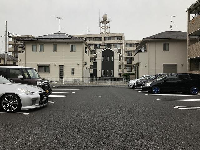 グラン ベルテ Ⅰ 02040号室の駐車場