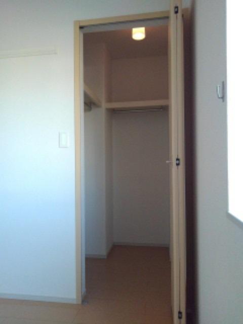 サウスヴァレーⅢ 01030号室のトイレ