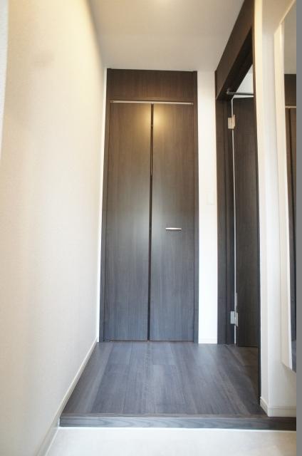 エクセレント グローブ Ⅱ 03020号室の玄関