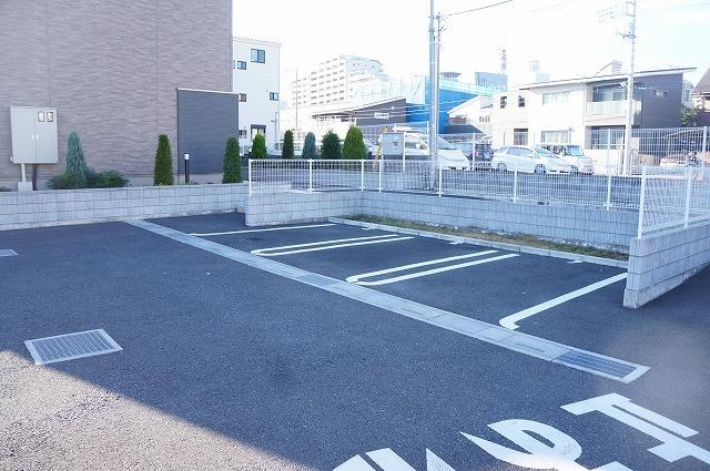 エクセレント グローブ Ⅱ 03020号室の駐車場