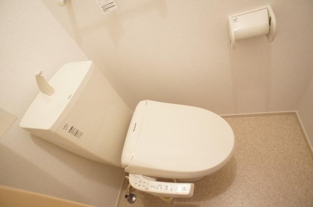 エターナル南与野 弐番館 01010号室のトイレ