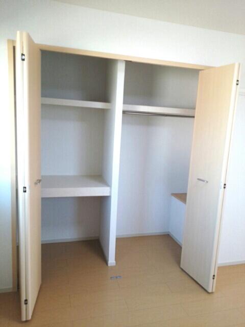 ルルディ フォティア 02010号室の収納