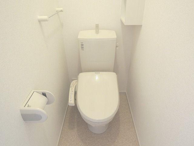 ディアコート 01010号室のトイレ