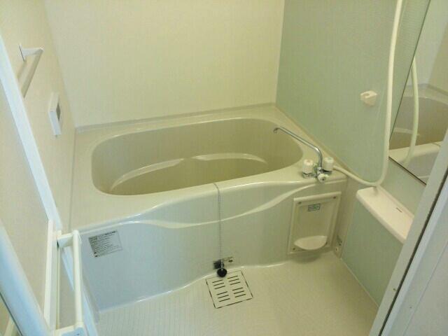 エアリーレジデンス 02010号室の風呂