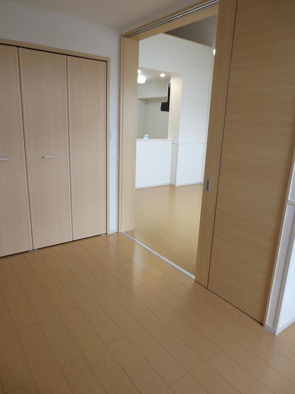カーサ フェリジータ 02020号室の収納