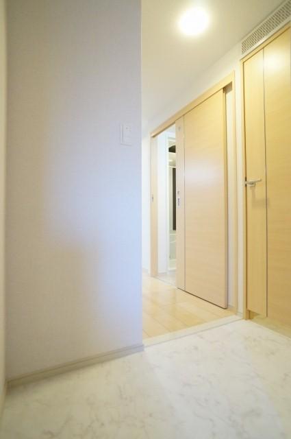 TMガーデンⅡ 01020号室の玄関
