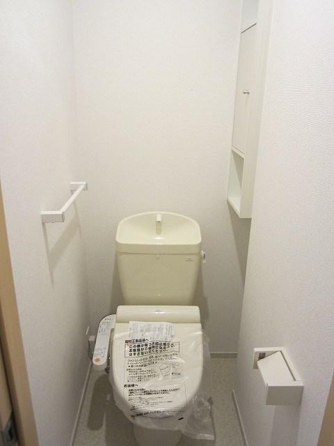 エタニティーK2 01010号室のトイレ