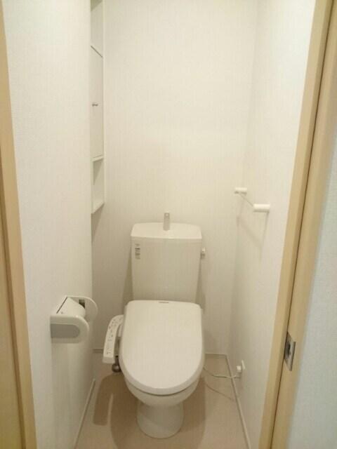カトレア ハウスⅡ 01040号室のトイレ
