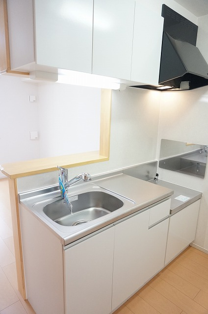 ラ・ルーチェ 02020号室のキッチン