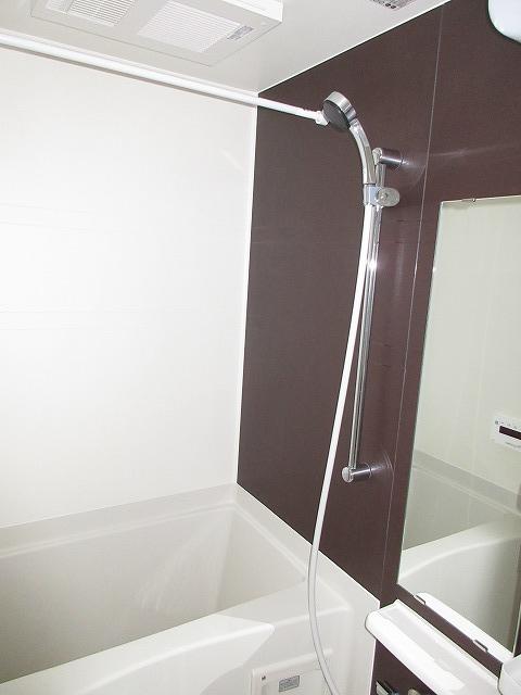 オーガスタ KTⅢ 03010号室の風呂