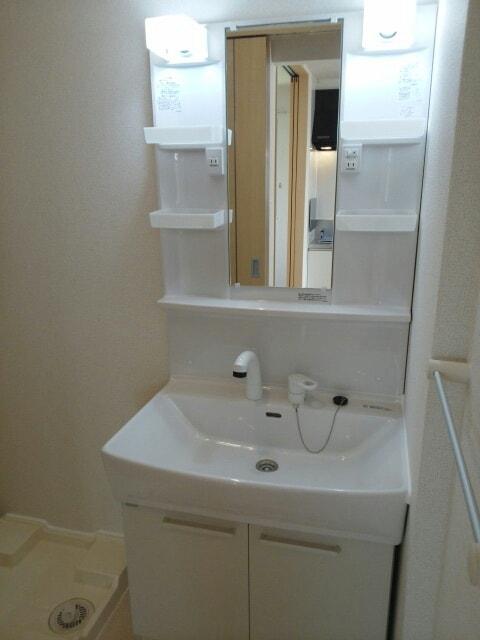 トキメック スカイ 01010号室の洗面所